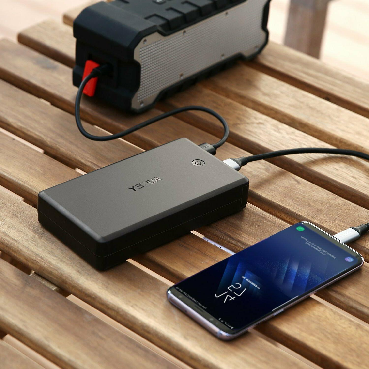 AUKEY Bank Quick Charge Charger, Battery